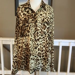 NWT Le Lis Animal Print lace up blouse Size XL